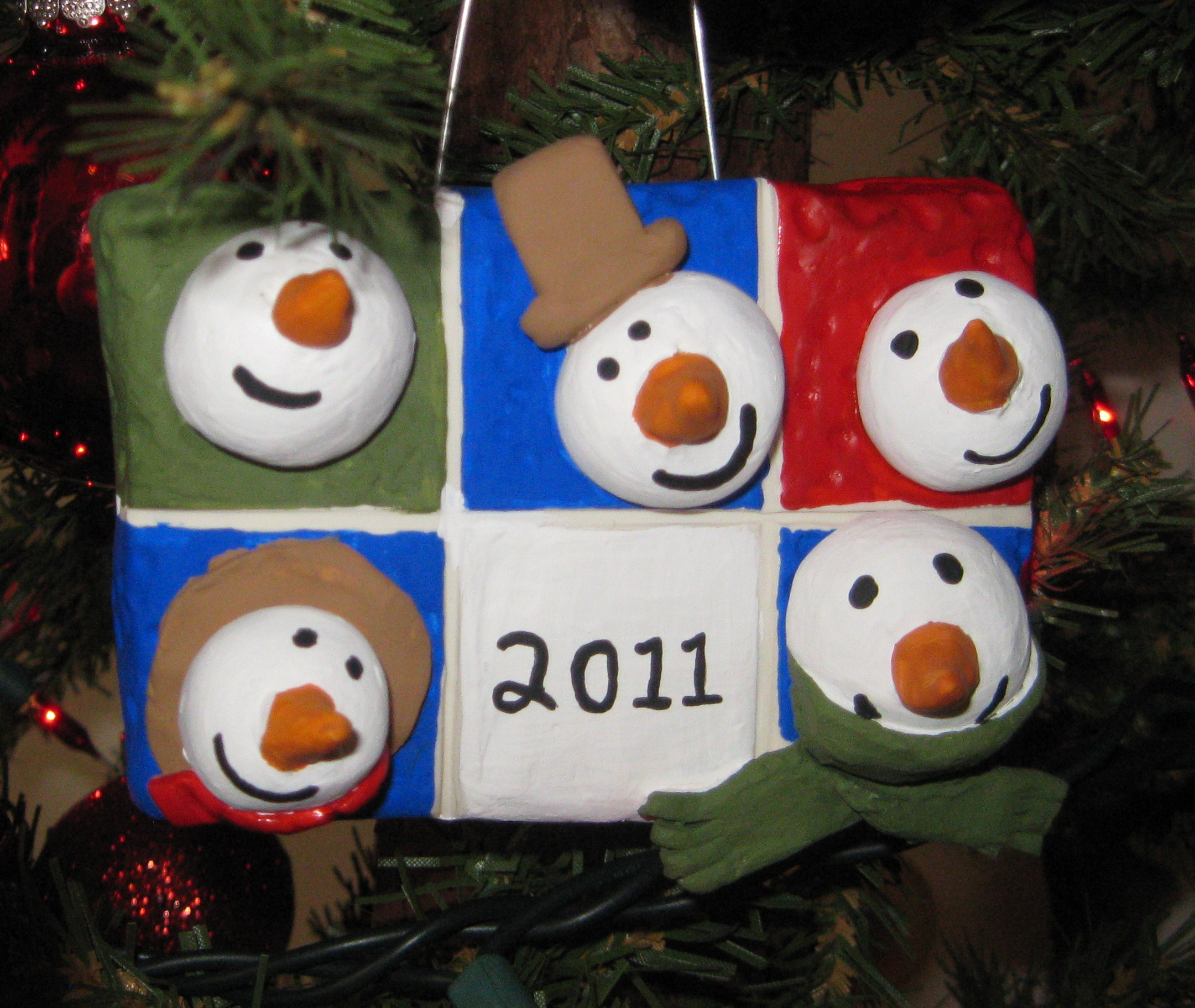 Sculpey Oven Baked Clay Projects Snowman Plaque (1) For The Base We Cut A  3″x4″ Rectangle From White Foam Board We Covered It With A Thin Layer Of  The