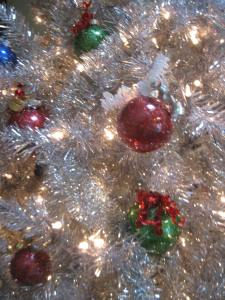Dec 15 silver tree with glittered ornaments 003